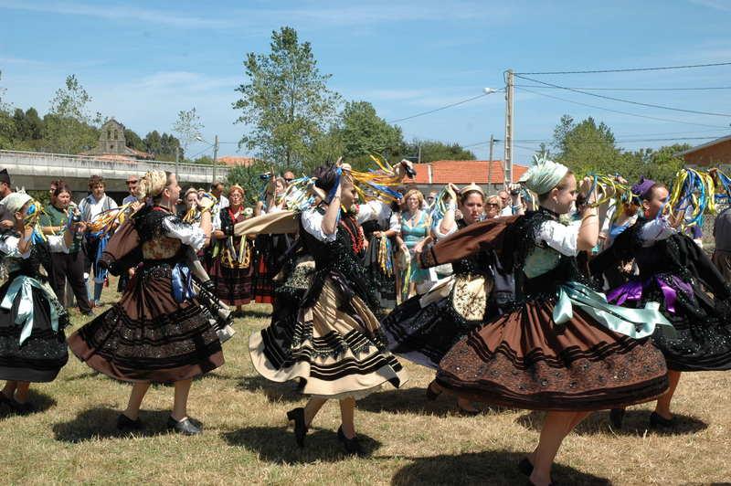 Bailes de Santolaya