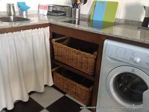cocina totalmente equipada  en los apartamentos rurales El Hospital de Villahormes